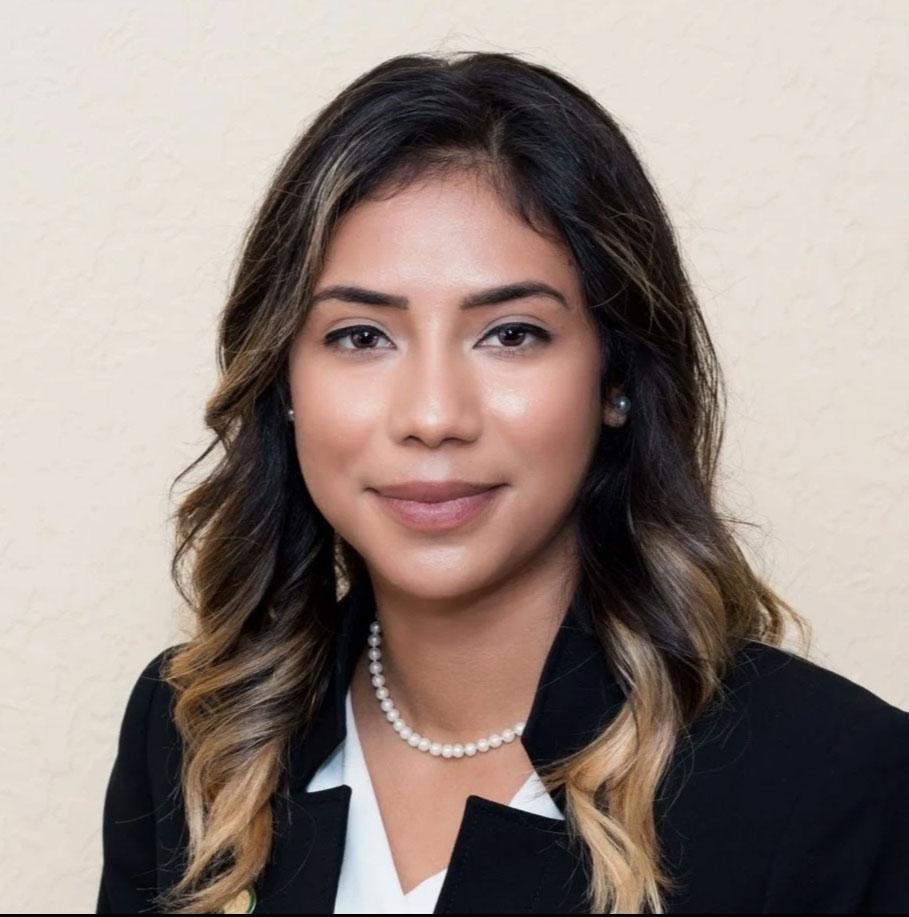 Greitcha Quiñones : Funeral Director