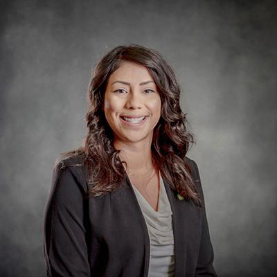 Greitcha Quiñones : Managing Funeral Director